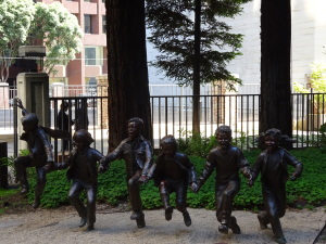 The Puddle Jumpers sculpture in Redwood Park.